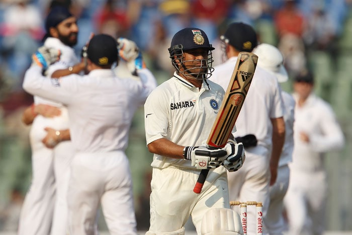 India were pushed to a corner by England as they found themselves reeling at 117/7 at the end of Day 3 leading by just 31 runs. (BCCI Photo)