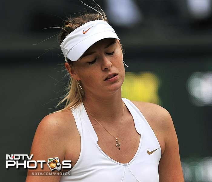 The 2004 Wimbledon champion, Sharapova double-faulted six times, including twice to get broken to 4-2 in the first set.