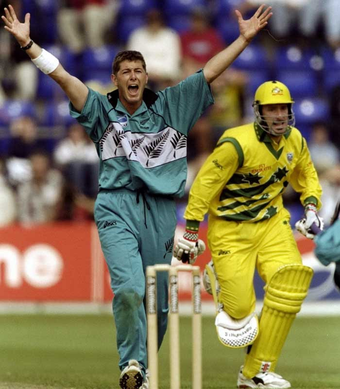 Claiming 20 wickets in a World Cup is never too easy. Geoff Allott of New Zealand though made it possible during the 1999 edition. It took him nine matches to finish with his rich haul that included two 4-wicket spells as well. A persistent back-injury eventually haunted the Kiwi out of his playing career.