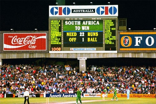 <b>1992: Rain rule snatches South Africa a spot in the final</b><br><br> South Africa were re-admitted in international cricket after the end of the 'Apartheid' policy and they impressed everyone with their all-round display in the 1992 World Cup. Having made their way to the semi-finals, South Africa faced a stiff challenge from the English side and were left to chase a target of 253 runs in 45 overs.<br><br> Their dream of making it to the final was shattered when a crazy rain-rule robbed them of a legitimate chance to do so. The Proteas needed 22 runs from 13 balls when rain interrupted the proceedings. After the delay, they were given an impossible target of 21 runs to chase from just 1 ball.