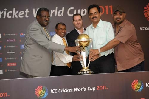 In this handout photograph from the International Cricket Council (ICC) former Test cricketers Clive Lloyd of West Indies, Arvinder de Silva of Sri Lanka, Michael Bevan of Australia, Dilip Vengsarkar of India and Balwinder Singh Sandhu of India pose with the ICC Cricket World Cup 2011 trophy during the unveiling ceremony in Mumbai. (AFP Photo)