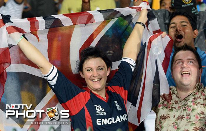 English fans cheer during the ICC World Twenty20 match between England and India at the R. Premadasa Stadium in Colombo. (AFP Photo)