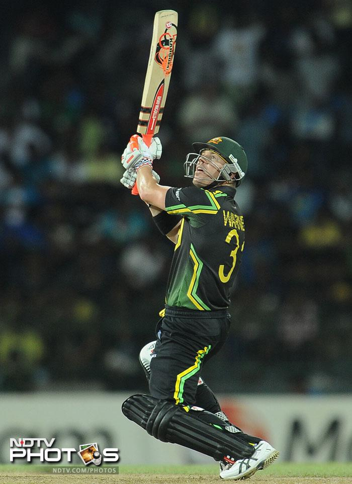 David Warner came to the party early as he smashed 22 runs off the second over of the innings. Ravi Rampaul was taken apart by the Aussie which was a clear statement that they were going for it.