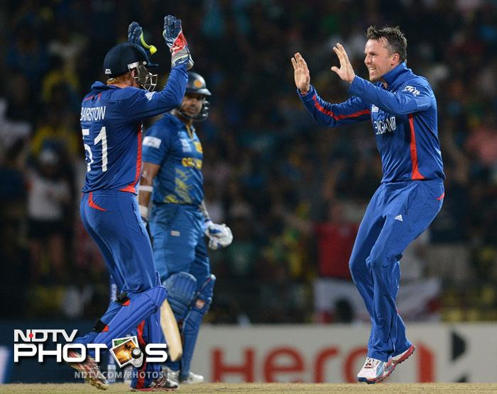 Graeme Swann pulled things back from England as he removed Jayawardena and Sangakkara one after the other.