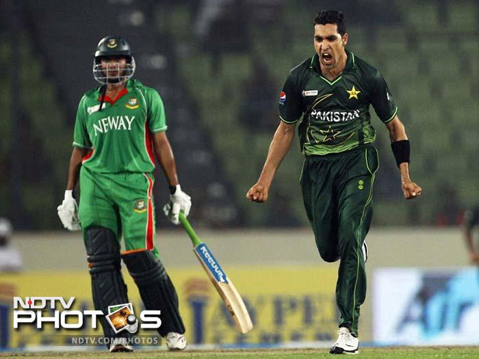 Pakistan has always given great fast bowlers. No wonder the best figures in a World T20 match belongs to Umar Gul when he took five wickets against New Zealand in 2009.