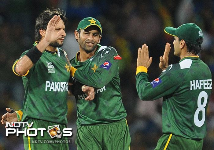 Shahid Afridi was very economical and removed Mahela Jayawardena who was looking dangerous. It was a disciplined outing by the Pakistan bowlers as they restricted Sri Lanka to 139/4 in 20 overs.