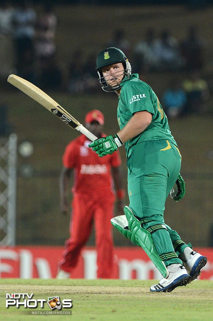 Chasing a paltry 94 to win, Richard Levi made his intentions clear as he went after the bowlers right from the start and got himself back into form with a good half-century.