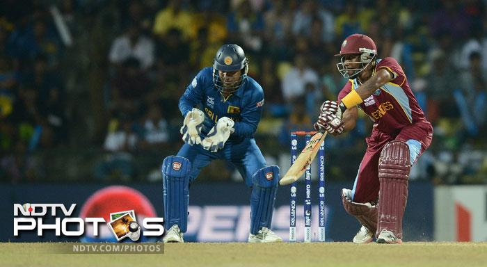 Dwayne Bravo also looked to cut loose scoring 40 runs from 36 balls. Unfortunately the boost came a little too late and they could only manage 129/5 in their 20 overs.