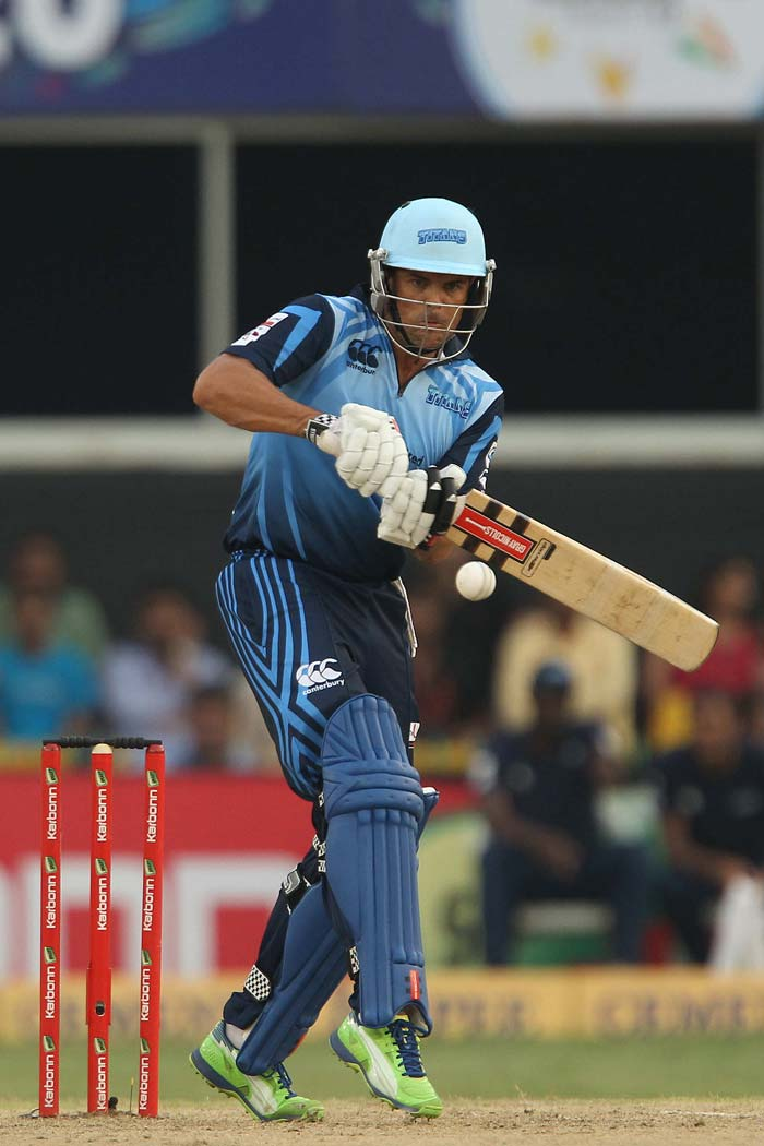 Jacques Rudolph smashed 31 as the openers threatened to runaway with the game.