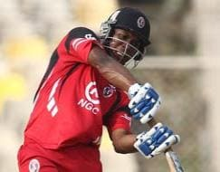 Photo : Trinidad & Tobago beat Titans buy 6 runs (D/L method) in rain-affected game