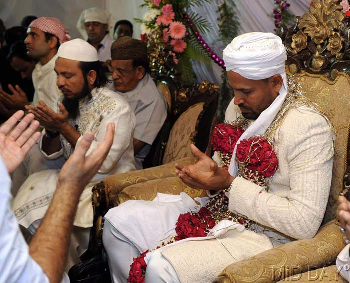 Yusuf Pathan tied the knot with fiancee Afreen, at a family function. (Photo credit: Mid-Day.Com)
