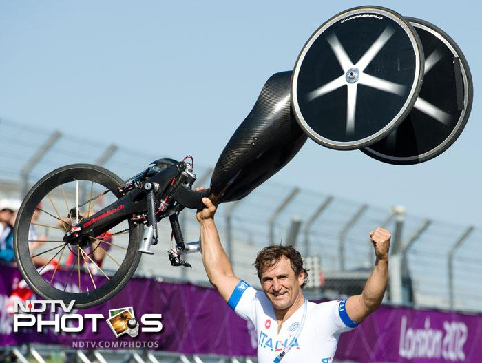 <b>Alessandro Zanardi:</b> He lived his life in the fast lane, quite literally. This former Formula One driver raced for Williams. He returned to CART in 2001 and at the EuroSpeedway Lausitz, he suffered a crash. He lost his both legs. But he returned to racing, but this time with a handcycle. He started competing in 2007. At the 2012 Paralympic Games on September 5, 2012, Zanardi won a gold medal in the men's road time trial H4 in London.