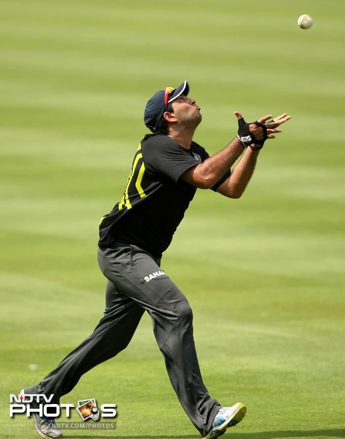 Known also for his abilities as a fielder, Yuvraj took some field catches during training as well. Of course, he did not catch all of them but it was a good sign of better things to come.