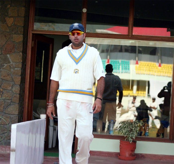 So it was a result of a determined father and eventually, a genuine liking for the sport that Yuvraj made his first class debut in 1996. He had already begun carrying his kitbags and leading the hard life of a struggling cricket aspirant.