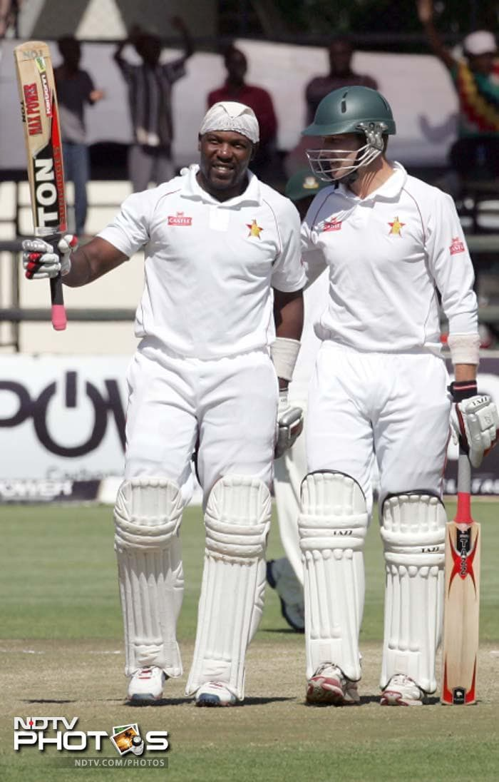 Hamilton Masakadza waged a lone battle for Zimbabwe in the final innings of the 2nd Test. He remained not out on 111.