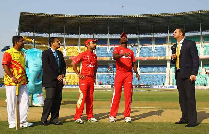 Elton Chigumbura, captain of Zimbabwe and Ashish Bagai, captain of Canada pictured during the coin toss before the 2011 ICC World Cup Group A game at Vidarbha Cricket Association Ground on February 28, 2011 in Nagpur, India. (Getty Images)