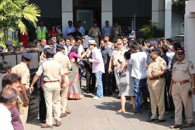 सोनू सूद ने जैकी चैन का भारत में किया 'इंडियन स्टाइल' स्वागत