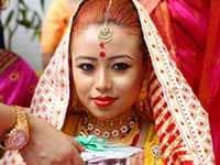 Angshuman and Viddya's Stunning Assamese- Hindu Wedding