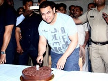 Video: Aamir Khan is Now a Dhoomtastic 50