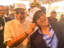 That's Akshay's Son Aarav With PM Modi at Fleet Review