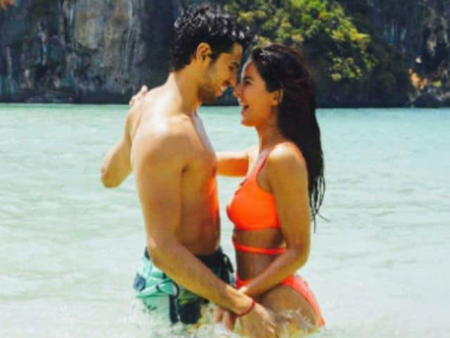 After Kala Chashma Swag, Sidharth, Katrina's Romance Ko Baar Baar Dekho