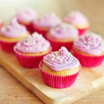 A Baking Hack You'll Love! Cake Frosting Without Using Cream