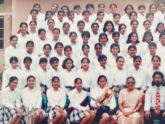 Deepika Padukone's Class Photograph is Driving The Internet Crazy
