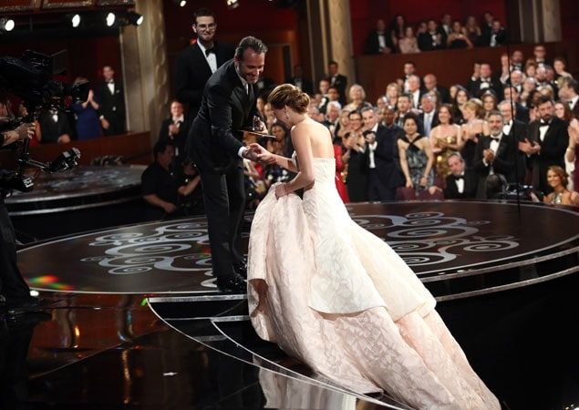 In pictures jennifer lawrence s epic fall at the oscars ndtv movies