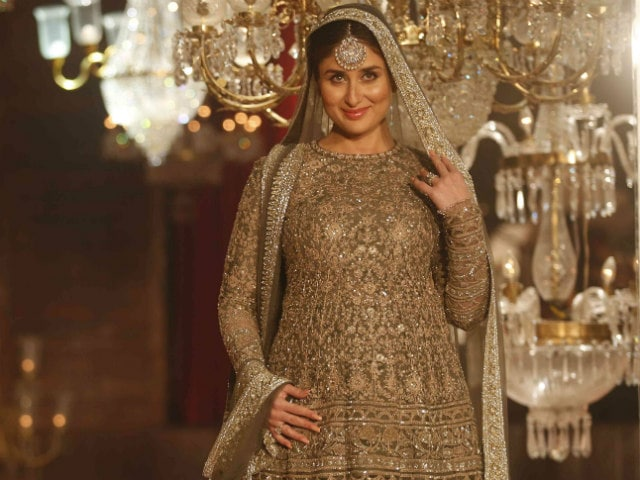 Kareena and Baby Bump on the Ramp: 'Emotional Moment'