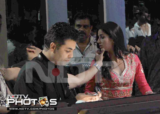 salkat2 634807062412105863 When Salman Khan couldnt keep his hands off Katrina Kaif