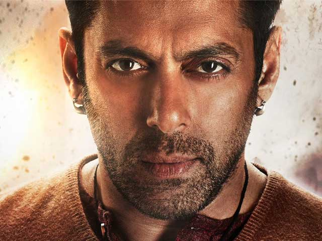 This is What Salman Looks Like Chin-Up in First Look of <i>Bajrangi Bhaijaan</i>