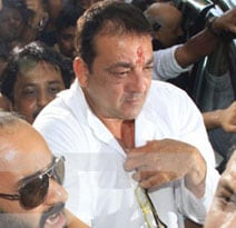 Sanjay Dutt shifted to Pune's Yerawada Jail, will wear prison uniform