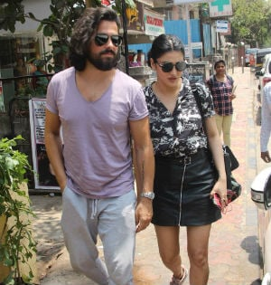 Shruti Haasan And Rumoured Boyfriend Michael In Mumbai