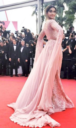 Sonam Kapoor's Cannes Look Is To Die For