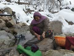 In Pics: Lessons In Survival From Frozen Kashmir