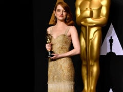 Oscars: What Emma Stone Said Backstage Makes Envelope Blooper Even More Confusing