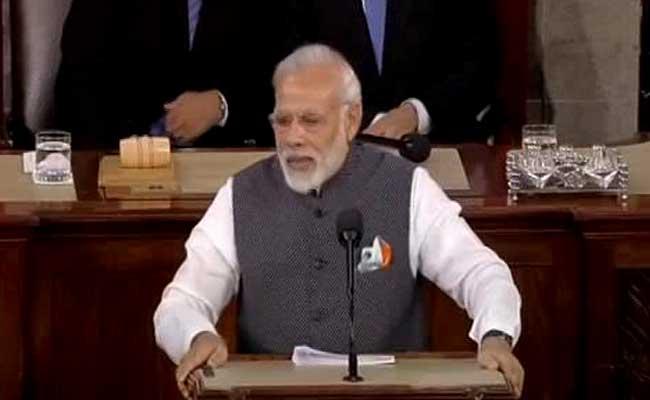 अमेरिकी  संसद में मोदी के भाषण पर 21 बार बजी तालियां