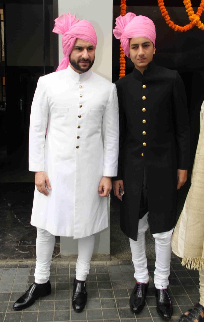 Soha Ali Khan Marries Kunal Khemu Saif Kareena Play Hosts