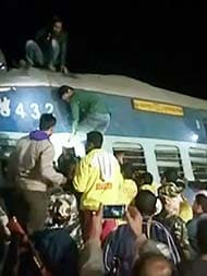 36 Dead, 54 Injured After Hirakhand Express Derails In Andhra Pradesh: 10 Points