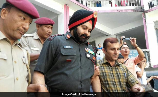 Army Officer Allegedly Stole Smuggled Gold, Suspected Smuggler Went To Cops