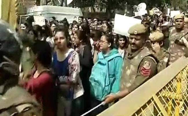 Students, Teachers March On Campus Against 'Gundaism': 10 Points