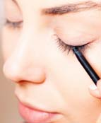 Beware! Eyeliners May Hamper Vision