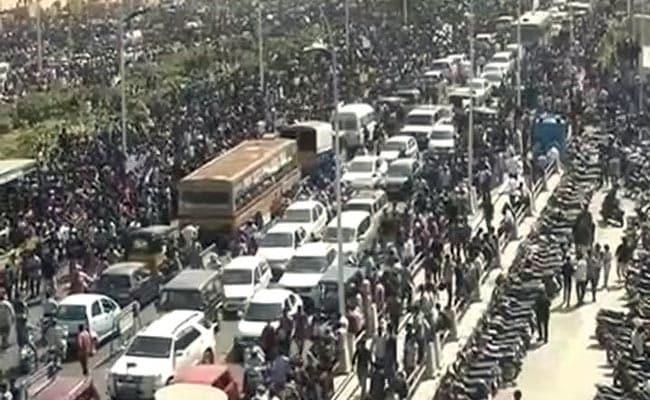 For Jallikattu, Massive Protests In Chennai For Over 20 Hours: 10 Developments