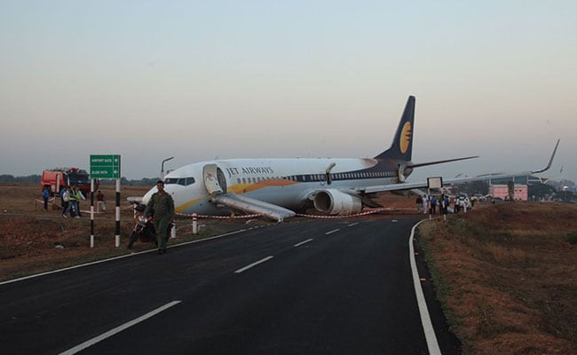 Jet Airways 737 damaged after leaving runway in Goa