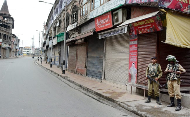 Curfew In Kashmir To Be Lifted Except In Pulwama And Parts Of Srinagar