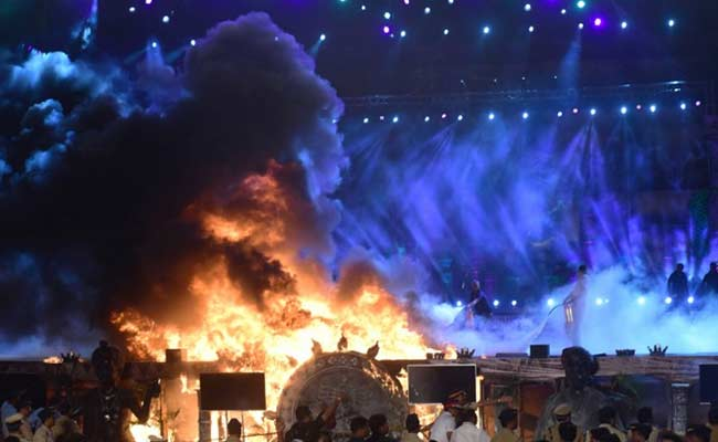 Fire At Make In India Ruins The Night But Swift Action Saves The Day