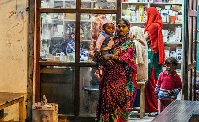 'मेक इन इंडिया' को बढ़ावा देने की कोशिश में 74 जीवनरक्षक दवाओं के दाम बढ़ने की आशंका