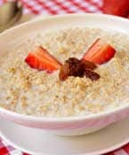 Have Oatmeal for Breakfast and Shed Those Extra Kilos