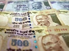 '5 Indians Own Nearly Half of India's Billionaire Wealth'