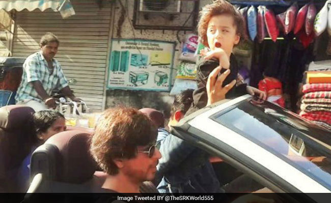 SRK's Drive With AbRam Is Very Cute But Here's Why It's Wrong